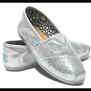 Toms Classic Silver Glitter Slip on Shoes US #7